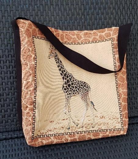 Sac girafe et sa bandoulière courte